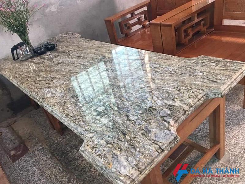 Đá marble làm mặt bàn ăn