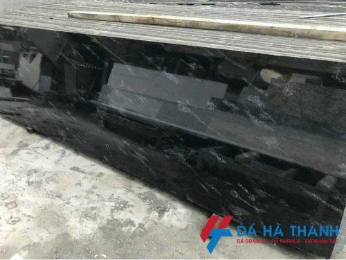 Đá granite đen cá