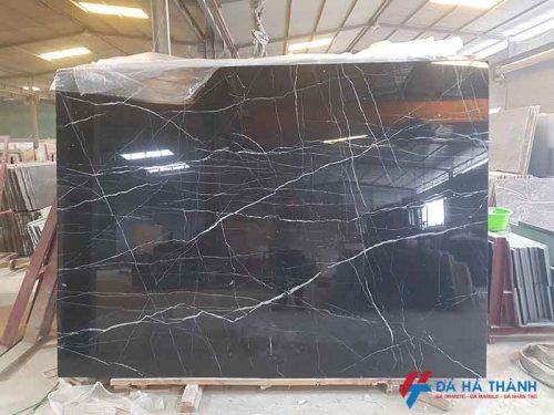 Đá marble tự nhiên đen chỉ trắng