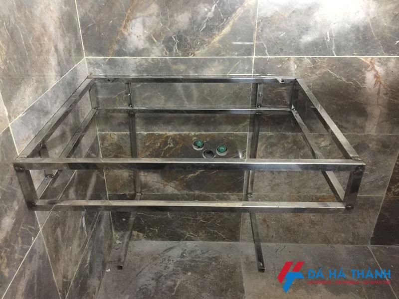 Khung inox lavabo