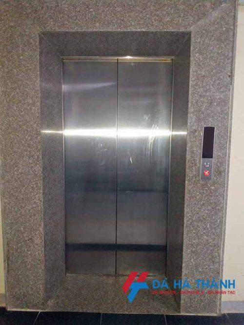 Đá granite ốp thang máy