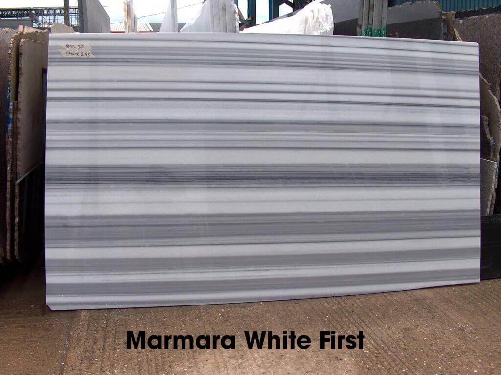 Marmara White First: là loại phổ biến nhất, với đường vân rõ ràng, màu sắc đậm