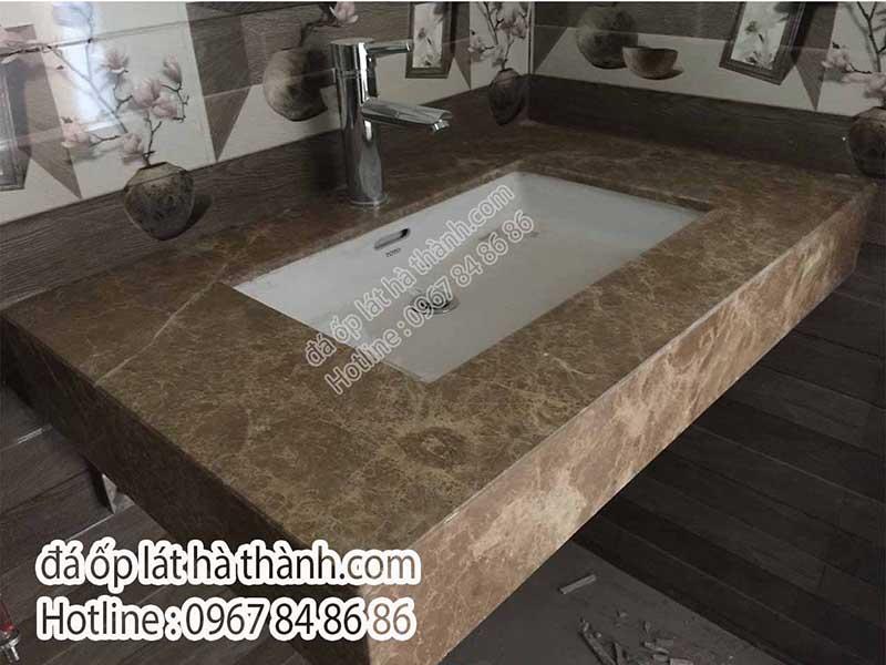da-marble-mau-vang-tay-ban-nha-op-lavabo