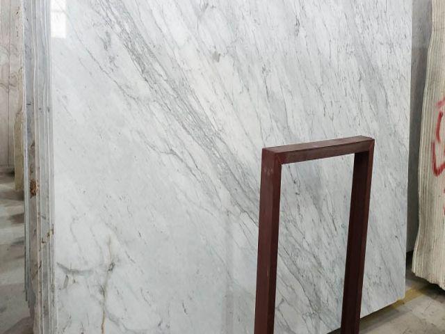 da marble trang y bao gia