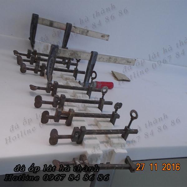 ghép nối đá solid bằng thiết bị chuyên dụng