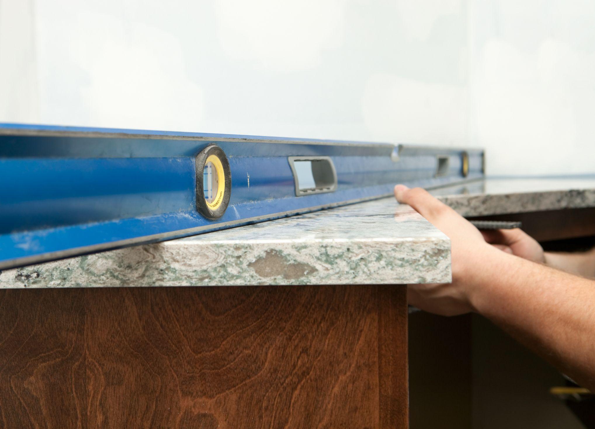 Đá công nghiệp có khả năng thi công linh hoạt, tùy biến về kích thước, độ dày, mỏng